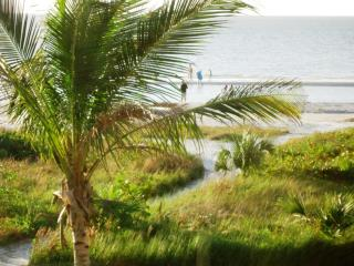 Your pathway to Sanibel's miles of sugar sand beaches.