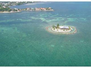 Rent a private island with 25ft boat Pure Luxury