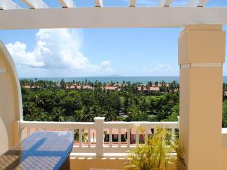 Luxury Ocean-view Penthouse in Palmas Del Mar PR