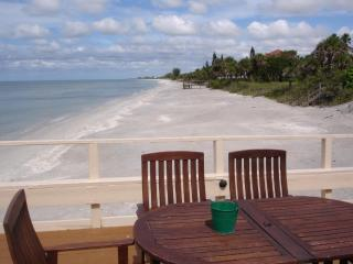 Pearl Beach Inn --- On the Beach, Englewood