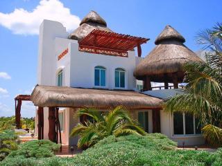 Casa Leonor's, Chicxulub