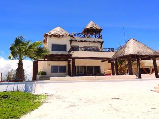 Casa Ana's, Chicxulub