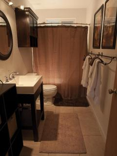 Sir Spencer Bathroom