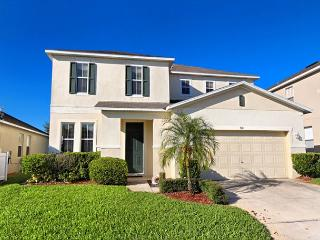 EAGLE VIEW: 4 Bedroom Home with 2 Master Bedrooms and Private Pool and Spa, Davenport
