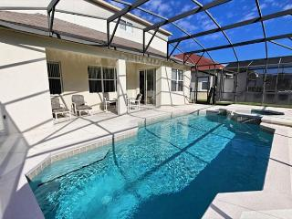 FREE POOL HEAT: 5 Bed Pool Home with 3 Master Suites, Pool, Spa & Game Room