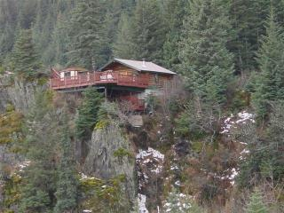 A Cabin on the Cliff, Seward