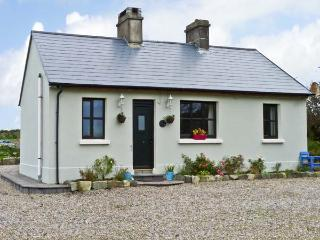 GRONWEE COTTAGE, pet friendly, country holiday cottage, with a garden in Kilmihil, County Clare, Ref 11837