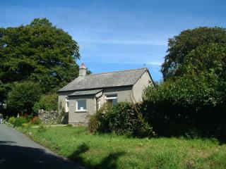 Woodland Cottage, Cartmel, on its own in farmland