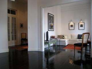 Chic 2 Bedroom Apartment in San Telmo, Buenos Aires