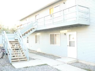 2 bedroom condo cody budget timeshare special, Cody