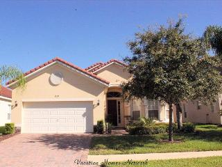 Great House with 4 Bedroom, 3 Bathroom in Davenport (Tuscan Palms  16700)