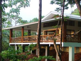 Tucan House, Quepos