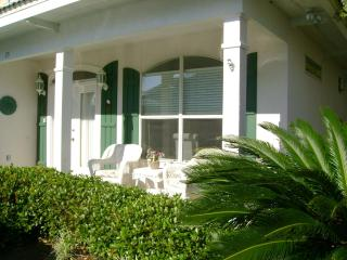 Magnolia Manor...Aug 6-12 $300 off !!, Miramar Beach