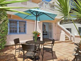 #728 - Stunning Retreat W/Patio! Steps to the beach!