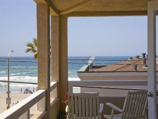 #714+716 - STEPS TO BEACH! Balcony, patio and oceanviews!, San Diego