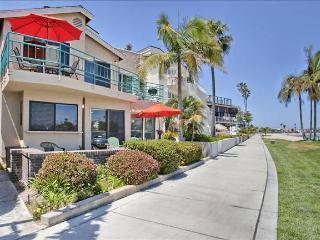 #3265 - WATERFRONT W/ Spacious Terrace!, San Diego