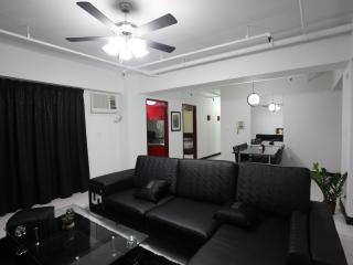 3B2b - 3 Min Walk to Xinyi Anhe MRT, 10 Min Walk to 101, Taipei