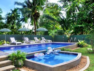 Hikka Villa - your holiday home with swimming pool, Hikkaduwa
