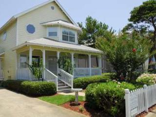 PLAN SPRING/SUMMER in Destin BOOK NOW 1blk to the beach access Pets Pvt Pool CBS