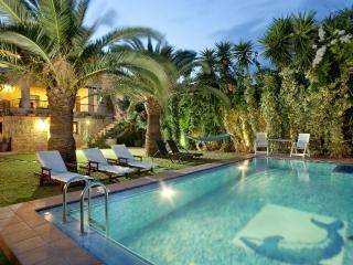 Arhontariki Villa mit privatem Pool & Meerblick, Kaliviani