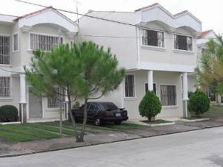 3bedroom home in Ciudad Real Santa Ana El Salvador
