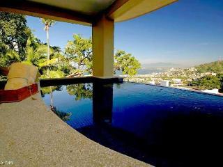 CASA ROMANTIQUE, 2Bed/2Bath Private Pool and Views, Puerto Vallarta