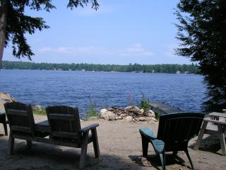 SUPER LOW May/June Rates! Waterfront-Hot Tub-Rec Room-Near Acadia National Park, Ellsworth