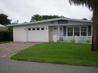 The 'Lazy Pelican' Beach House at New Smyrna Beach