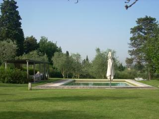 4 Bedroom Countryside Villa in Tuscany, Florence