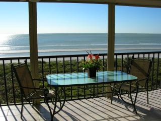 Sundial O407 - BEACHFRONT with Luxury and Privacy, Sanibel Island
