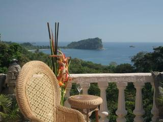 Casa Castillo, 6 bedroom Ocean View home, Manuel Antonio National Park