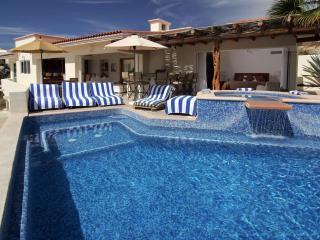 Villa Del Toro Rojo - 6BR Luxury Ocean View Villa, Cabo San Lucas
