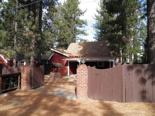 777 Merced Lakefront Cabin, South Lake Tahoe