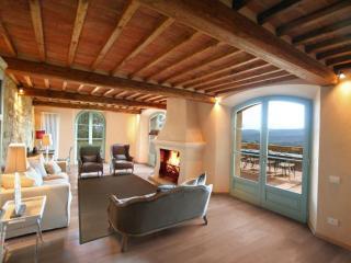 Villa Belforte Chic contemporary Villa with spa, Radicondoli