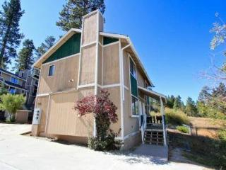Lakeview Town Home #1270, Big Bear Region