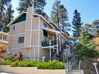 Lakeview Town Home #1273, Big Bear Region