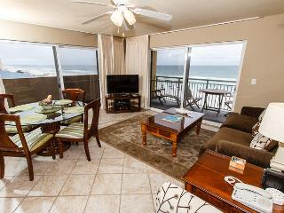 PI 401-Fantastic 2B/2Ba gulf front corner condo!  HDTVs, free Beach Service, Fort Walton Beach