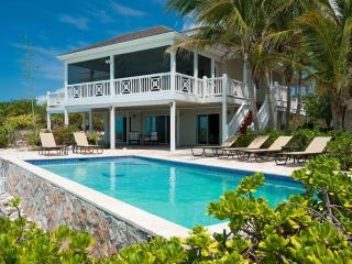 Beautiful 5 BR oceanfront villa, with pool, swim dock, kayaks, screened porch!