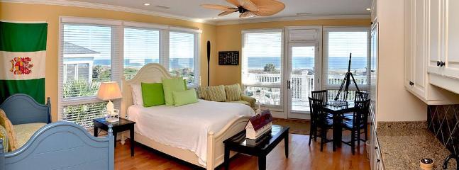 2nd floor Bedroom/Den