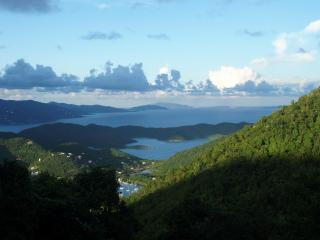 Sea Cottage - Romantic Getaway w/ a Stunning View, St. John