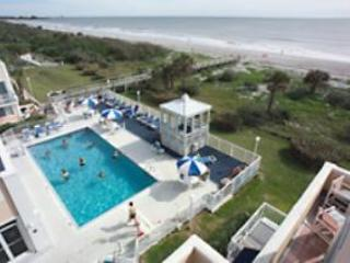 1 bedroom condo in oceanfront resort, Cap Canaveral