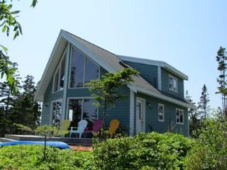 Ragged Island Retreat in Rockland, Nova Scotia, Lockeport