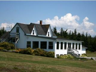 Ocean's Playgound Cottage, Barrington, Nova Scotia