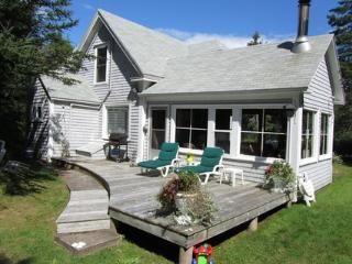 On a beautiful beach in Port Joli, this charming cottage is a perfect family getaway.