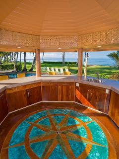 Moana Hideaway - Mosaic decor inside Cabana