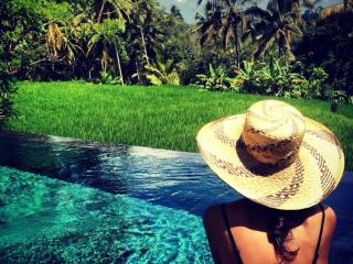 Eat, pray, love - stunning Pool Villas near Ubud!