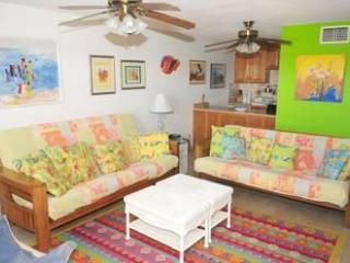 Two Bedroom Suite, Queen Ocean, East End