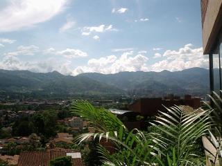 Zona Viva Medellin el Poblado Penthouse, Medellín