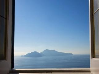 Villa Affresco holiday vacation villa rental italy, amalfi coast, sorrento villa rental, Amalfi villa with view and pool, Massa Lubrense