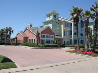 Beautiful Ocean Front 2 Bedroom Condo, Galveston